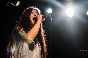 Mayuko au chant